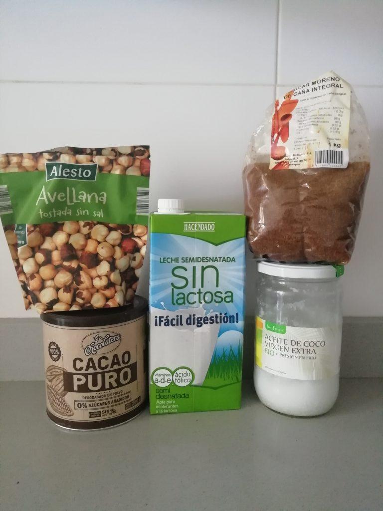 ingredientes nutella casera 768x1024 - RECETA NUTELLA CASERA